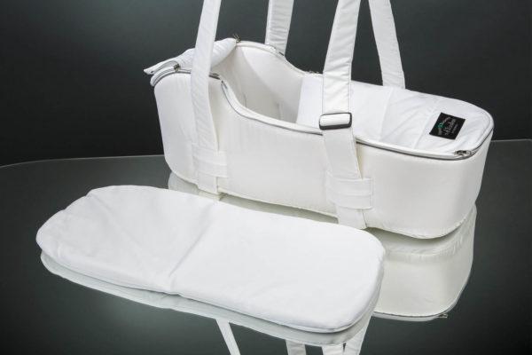 Сумка переноска для новорожденных белая U.D.LINDEN EINZELBOOT «WHITE»