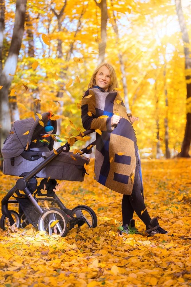 Прогулки с малышом осенью